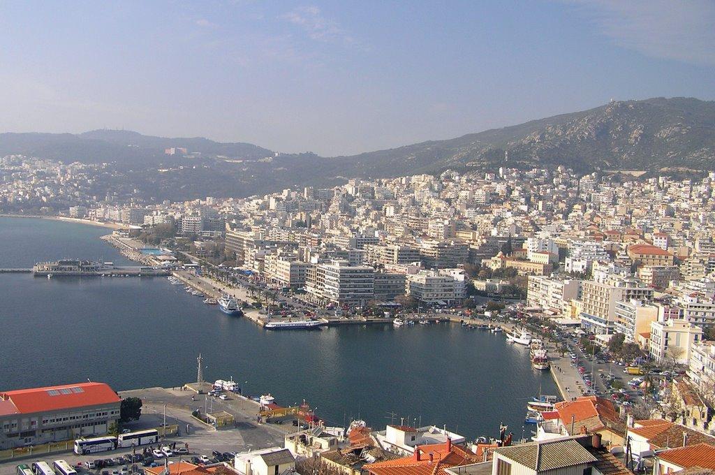 Le port de la ville