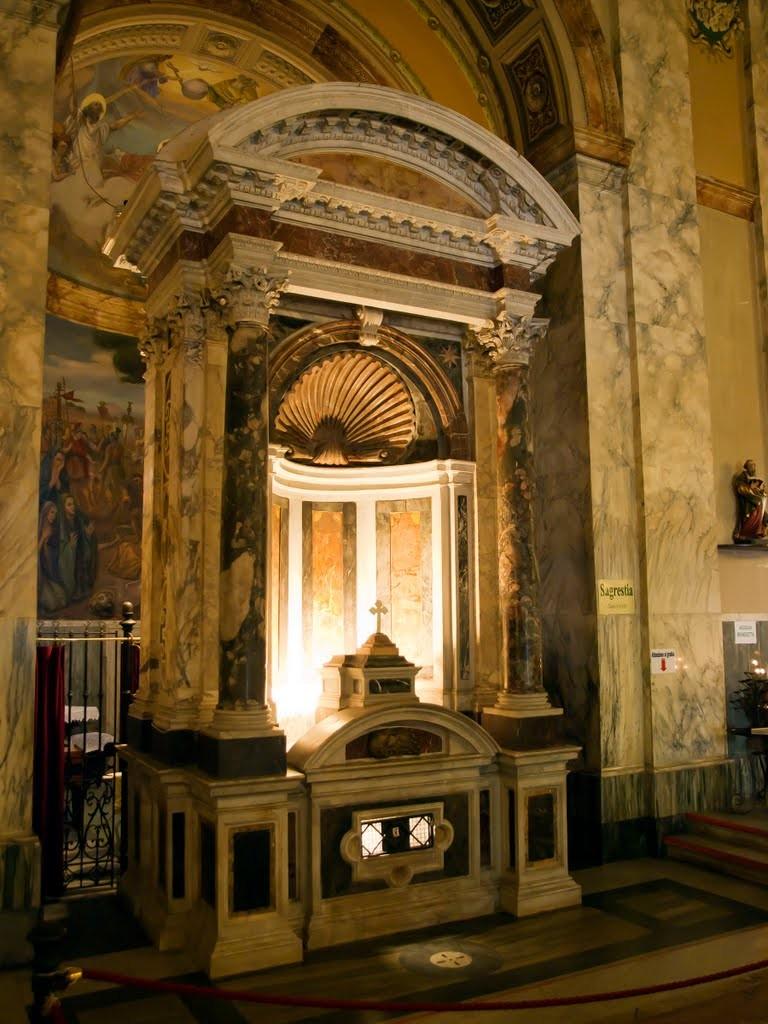 A l'intérieur de l'église