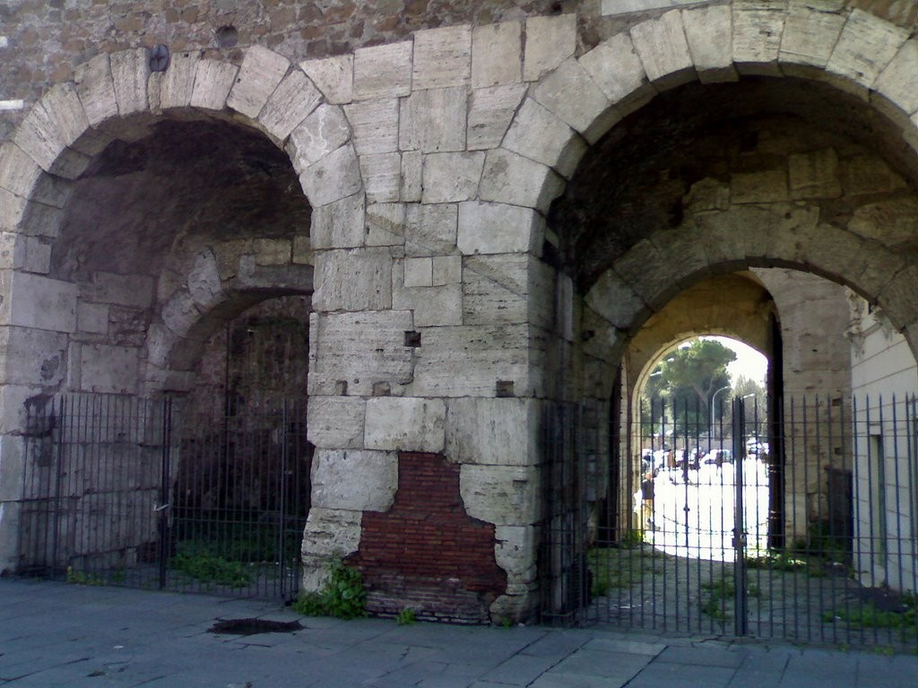 La Porte d'Ostie
